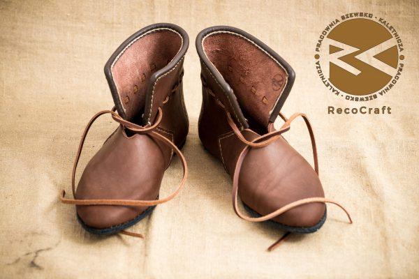 Buty z Novogrodu